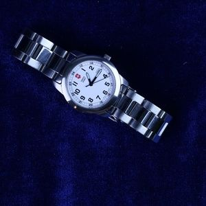 Stainless Steel Swiss Army Watch.